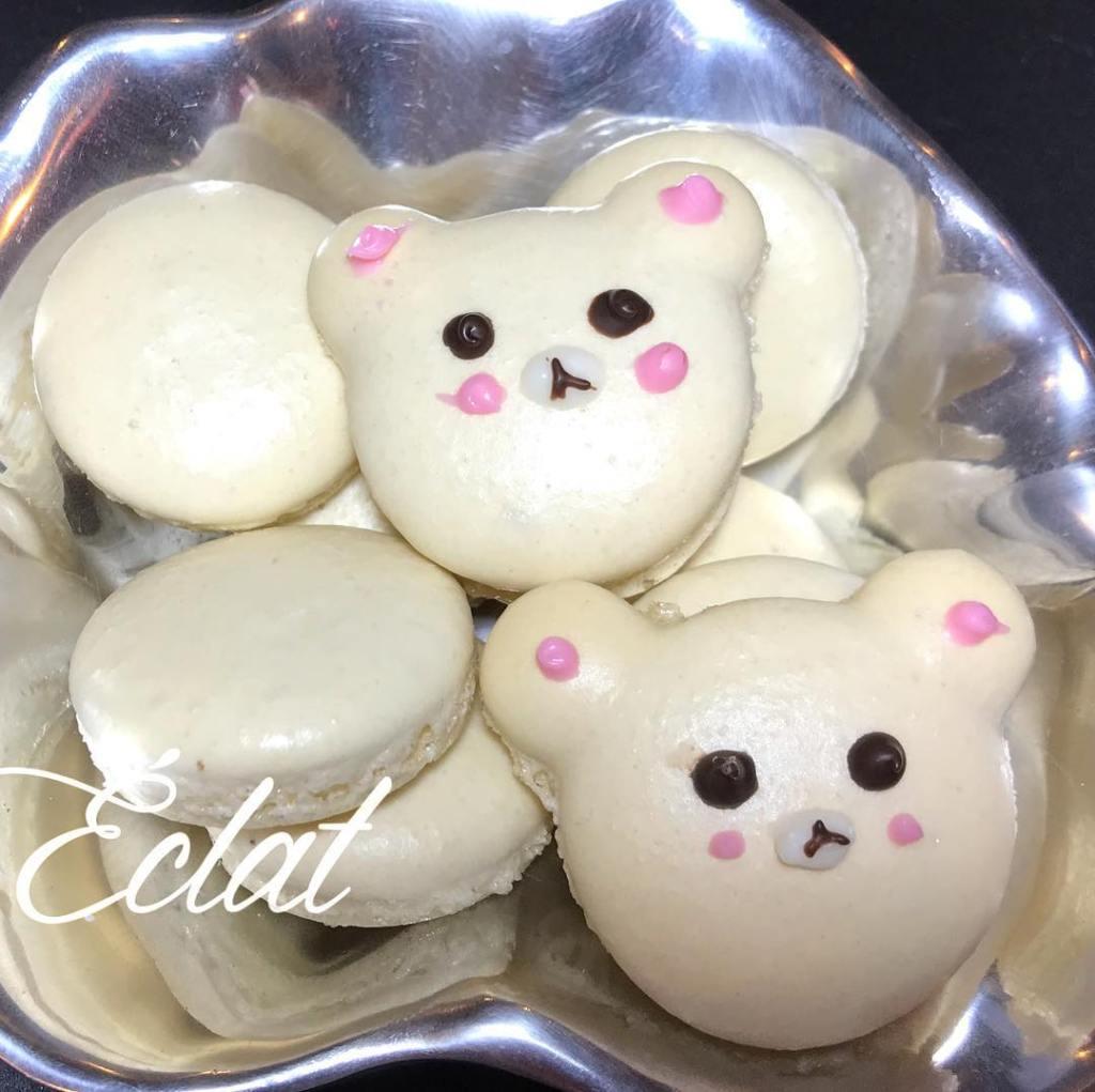 Macarons bear